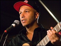 Tom Morello of The Nightwatchman