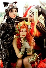 gotham_city_sirens_by_minicooly-d3lh7vw