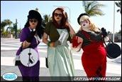 21-long-beach-comic-con-2011-cosplay-catwoman-ivy-harley-quinn