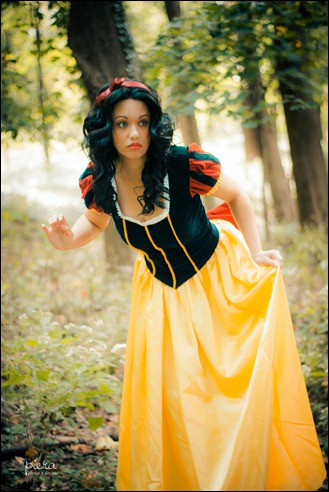 Victoria Cosplay as Snow White