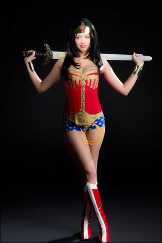 Victoria Cosplay as Wonder Woman