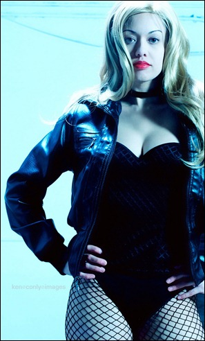 Victoria Cosplay as Black Canary