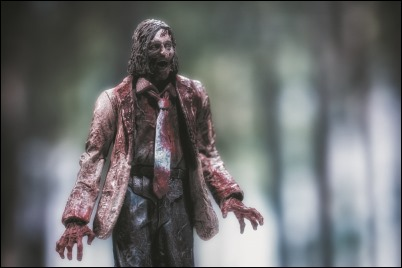 The Walking Dead Series 3 Action Figures - Autopsy Zombie