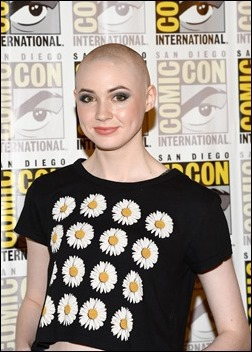 """SAN DIEGO, CA - JULY 20:  Actress Karen Gillan attends Marvel Studios' """"Thor: The Dark World"""", """"Captain America: The Winter Soldier"""" and """"Guardians of The Galaxy"""" during Comic-Con International 2013 at Hilton San Diego Bayfront Hotel on July 20, 2013 in San Diego, California.  (Photo by Ethan Miller/Getty Images)"""