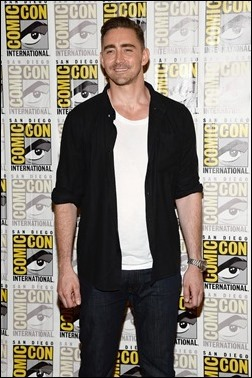 """SAN DIEGO, CA - JULY 20:  Actor Lee Pace attends Marvel Studios' """"Thor: The Dark World"""", """"Captain America: The Winter Soldier"""" and """"Guardians of The Galaxy"""" during Comic-Con International 2013 at Hilton San Diego Bayfront Hotel on July 20, 2013 in San Diego, California.  (Photo by Ethan Miller/Getty Images)"""