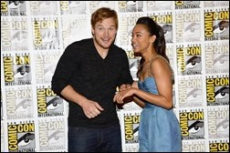 """SAN DIEGO, CA - JULY 20:  Actors Chris Pratt (L) and Zoe Saldana attend Marvel Studios' """"Thor: The Dark World"""", """"Captain America: The Winter Soldier"""" and """"Guardians of The Galaxy"""" during Comic-Con International 2013 at Hilton San Diego Bayfront Hotel on July 20, 2013 in San Diego, California.  (Photo by Ethan Miller/Getty Images)"""