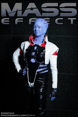 Aria T'loak (Mass Effect) cosplay - Photo by Morataya Photography