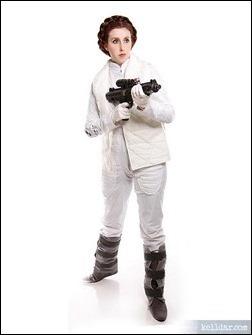 Kelldar as Princess Leia (Hoth suit)