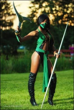 Maki Roll as Jade (Mortal Kombat) (Photo by G. Edwards Photography)