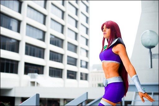 Sirene as Starfire (Photo by CKDecember)