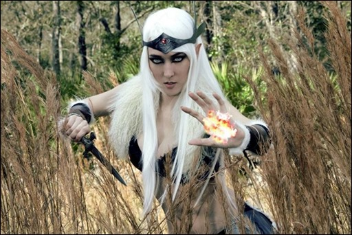 Jenifer Ann as Skyrim High Elf (Photo by Brian Moilanen)