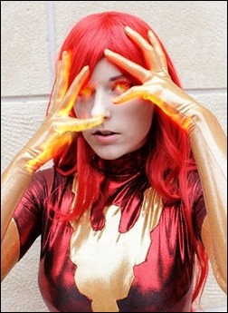 Lossien as Dark Phoenix (Photo by EvieEvangelion)
