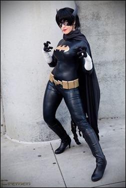 Tenleid Cosplay as Black Bat
