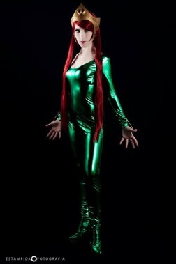 Romi Lia as Mera (Photo by Estampida Fotografia)
