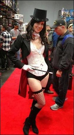 Ashe Rogue as Zatanna