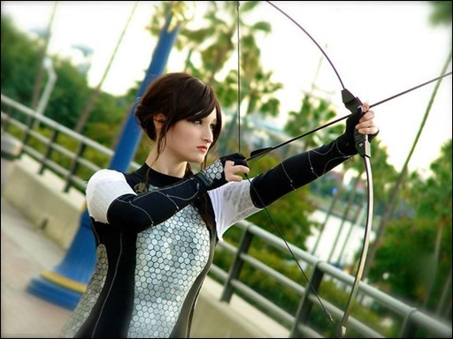 Alexandria the Red as Katniss Everdeen (Photo by I Photograph Cosplayers)