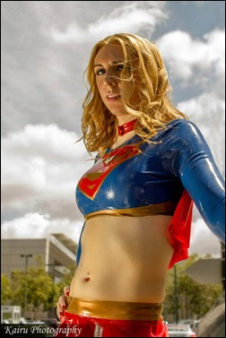 Jerikandra Cosplay as Supergirl (Photo by Kairu Photography)