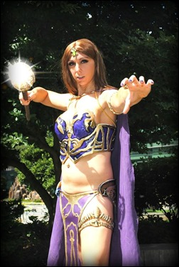 Jerikandra Cosplay as Queen Antonia Bayle of Everquest 2 (Photo by Starlight Photography/Cosplay)