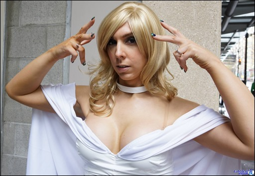 Jerikandra Cosplay as Emma Frost (Photo by Eurobeat Kasumi Photography)
