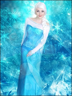PrettyWreck Cosplay as Elsa (Photo by Stacey Dawn Photography)