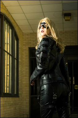 Sheikahchica Cosplay as Black Canary (Photo by FaM- Cosplay Photographer)