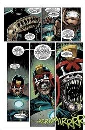 Predator vs. Judge Dredd vs. Aliens #2 Preview 2