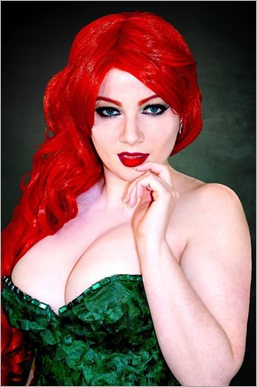 Elena Blueskies Cosplay as Poison Ivy