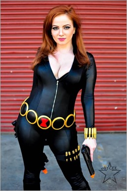 Elena Blueskies Cosplay as Black Widow (Photo by Jaycee Estrella Photography)
