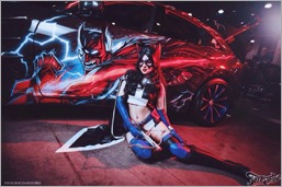 Kamiko Zero as Huntress at the Moscow Auto Tuning Show (Photo by Pavel Bogdanov)