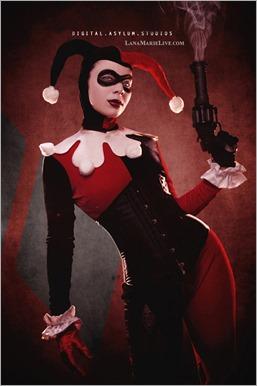 LanaCosplay as Harley Quinn (Photo by Digital Asylum Studios)